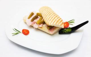 Premiul_1_Sarbatoarea_Gustului_Cupa_Romaniei_de_Sandwich_la_Romhotel_Diana_Bubulac_01
